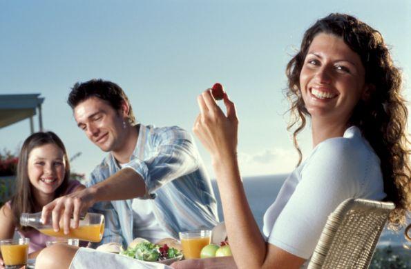 Keys to a healthy diet in summer