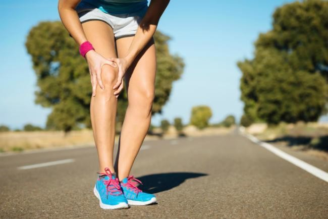Some bad habits that can put our joints at risk