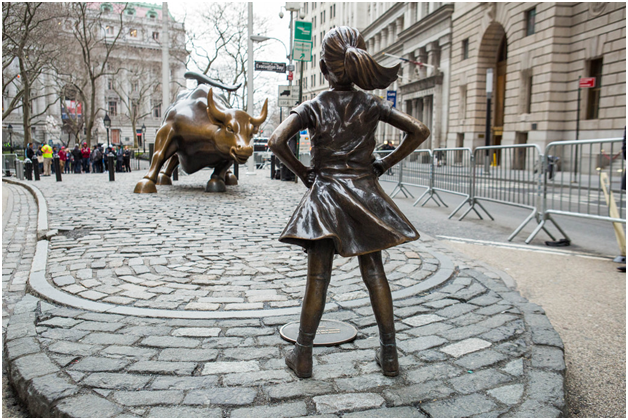 Fearless Girl sculpture continues to attract controversy on Wall street.