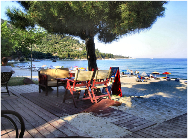 Ten Great Greek Beach Bars