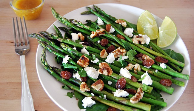 11 quick recipes with asparagus to enjoy this seasonal ingredient